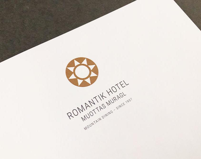 Logo Romantik Hotel Muottas Muragl